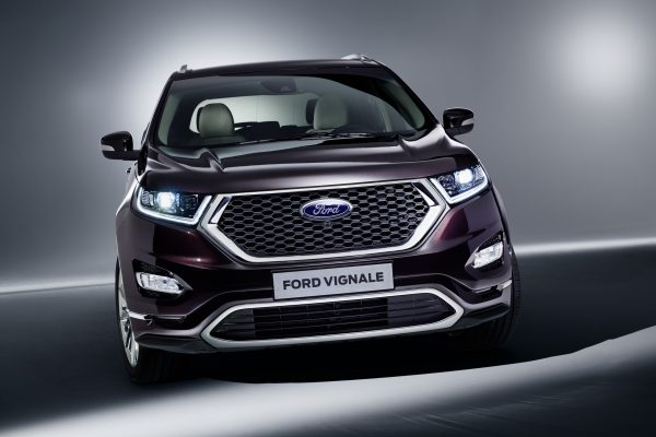 EDGE_Vignale_ChromaCouture_Final_LowRes_03