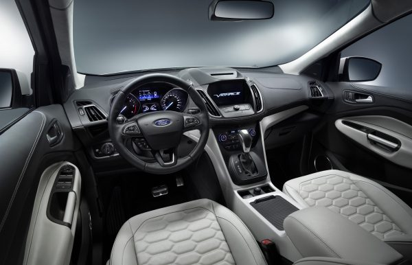 KUGA_Vignale_Mulberry_Final_LowRes_04A